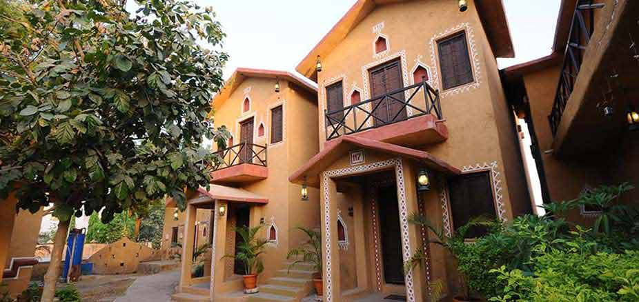 Exterior View of a Cottage: Chouki Dhani Rajkot