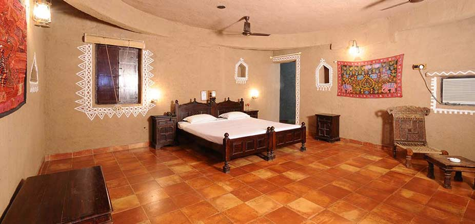 View of a Cottage: Chouki Dhani Resort Rajkot